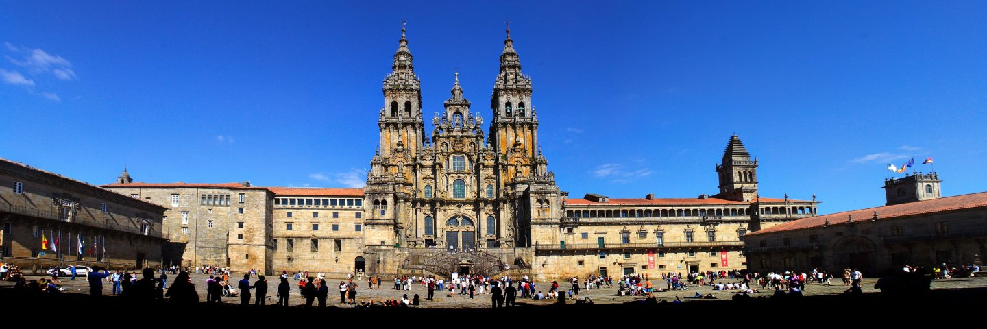 More information on Santiago de Compostela and the Green Spain: info@ambiance-incentives.com Tlf. +34 935088166
